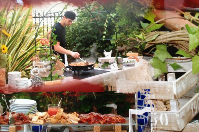 caterer at wedding in barcelona