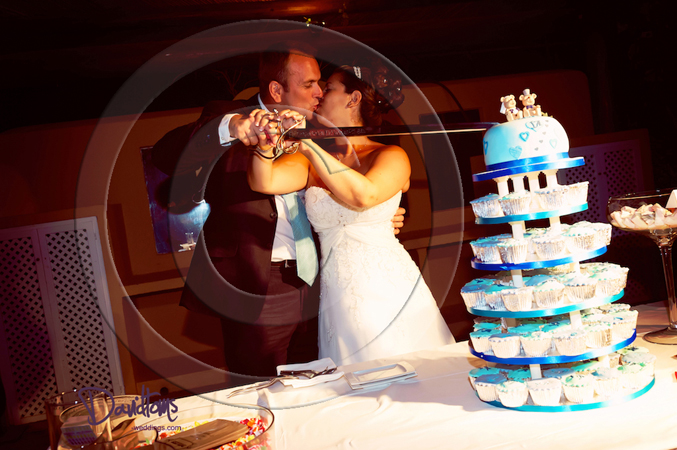 Bride & groom cutting cake marbella spain