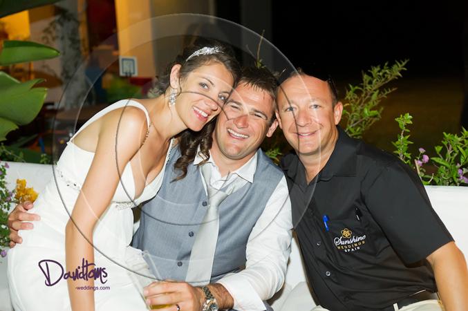 Bride & groom with Sunshine Weddings Spain