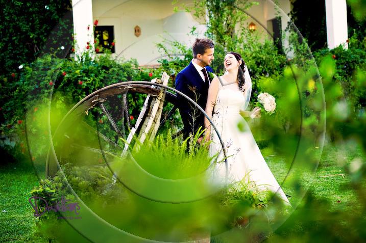 Bride and groom Jewish wedding in Mijas