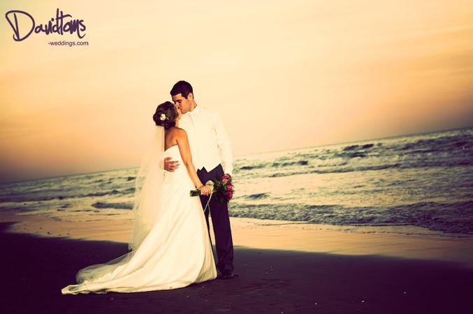 Beach weddings spain