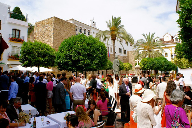 Roof terrace wedding setting in Marbella