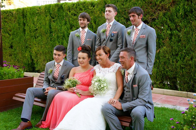 family shot wedding in Nerja