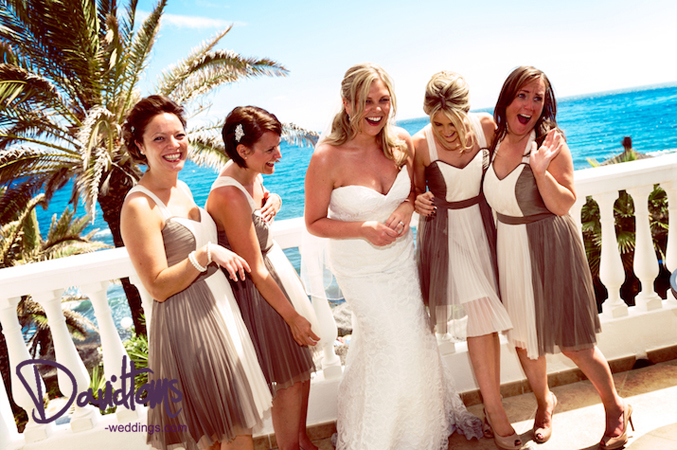 Bride in Spain with her bridesmaids