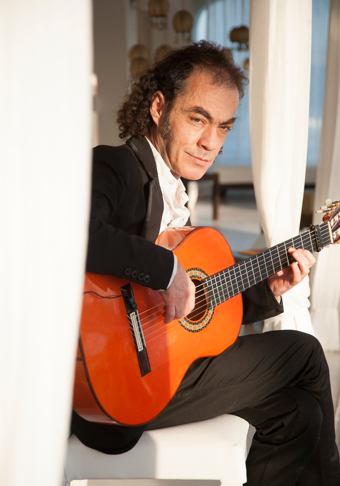 Spanish guitarist at wedding in Majorca