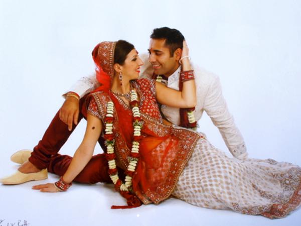 Indian traditional dress bride& groom in Spain