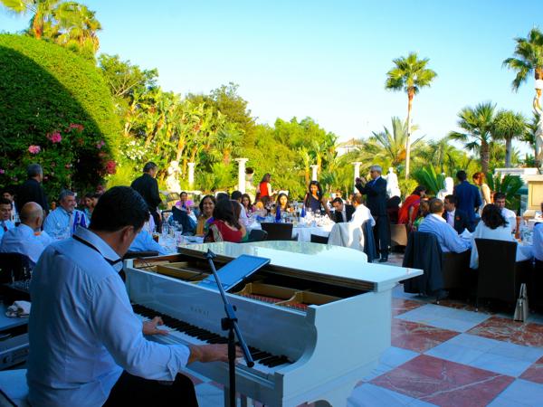 Entertainment at wedding in Marbella