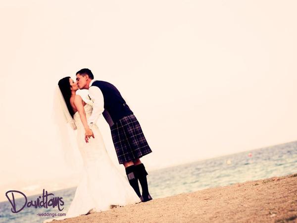Beach photo wedding in Spain