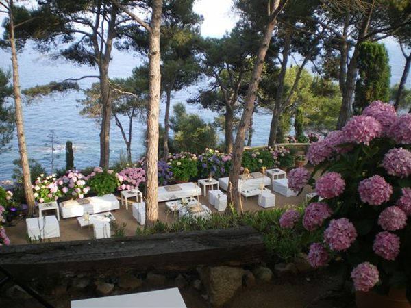 reception-at-sea-view-wedding-venue-in-Barcelona