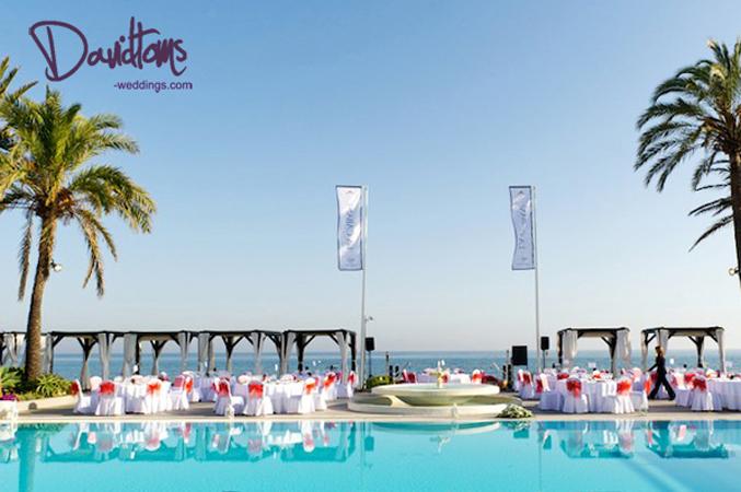 beach club wedding venue in Marbella