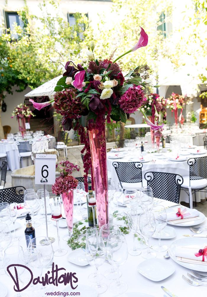 Centre-Piece-Flower-arrangement-at-wedding-in-Spain-
