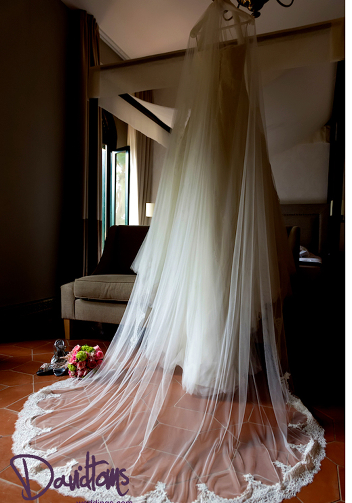 Stunning vintage dress for your wedding in Barcelona