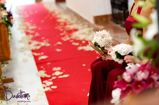 Ceremony decor for your church wedding in Spain