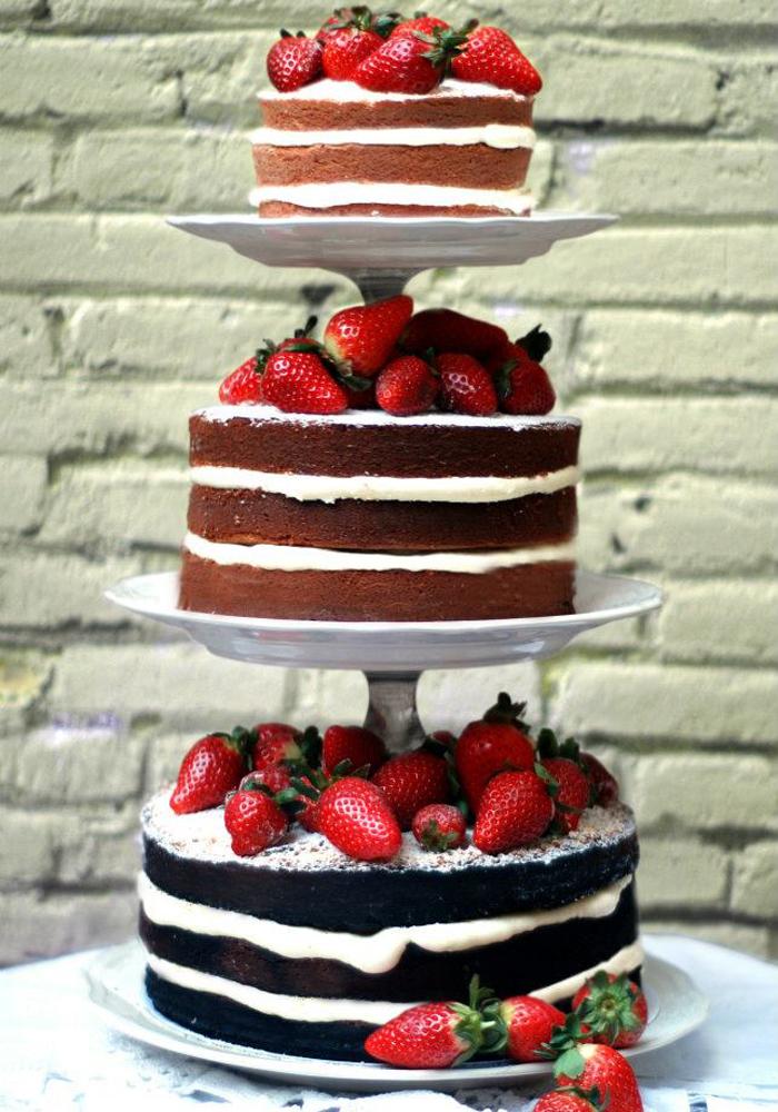 Sunshine Weddings Spain cake tasting in Barcelona