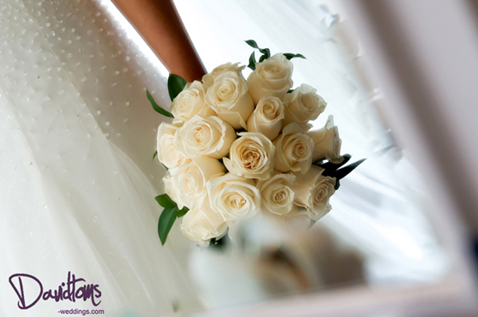 brides-bouquet getting married in Spain
