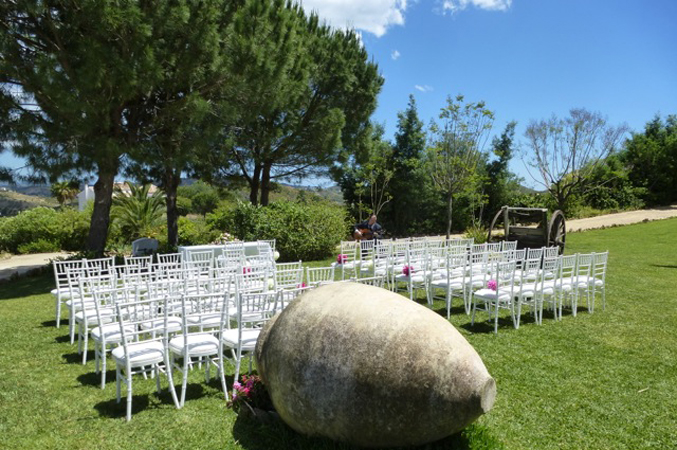 _ceremony-area-at-villa-wedding-in-spain-