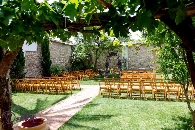 Rusitc-villa-wedding-venue-in-Cordoba,-Spain