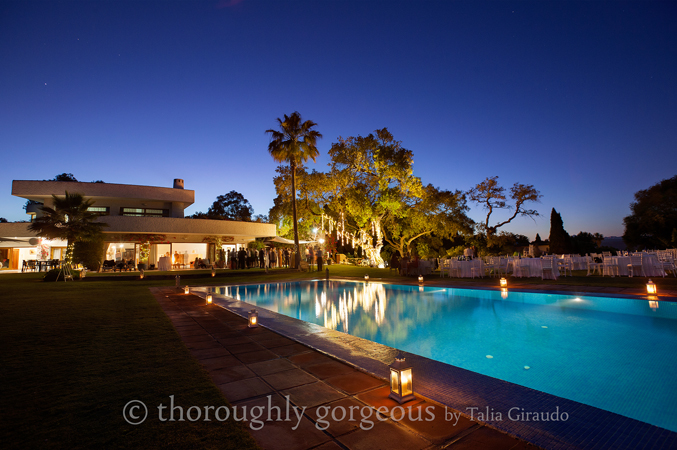 Night-shot-at-a-villa-wedding-in-Malaga