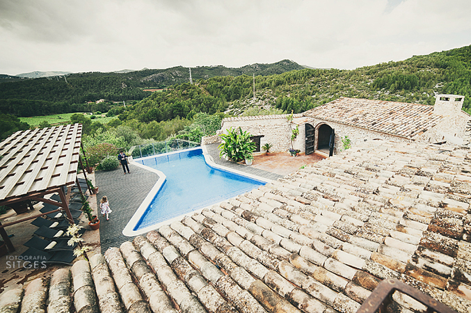 Stunning-views-from-rustic-vila-wedding-venue-in-Barcelona