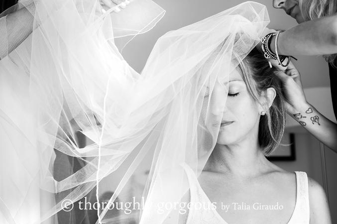 bride-getting-ready-wedding-in-Spain