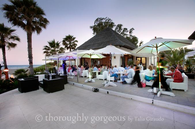 reception-at-beach-club-wedding-venue-in-Spain