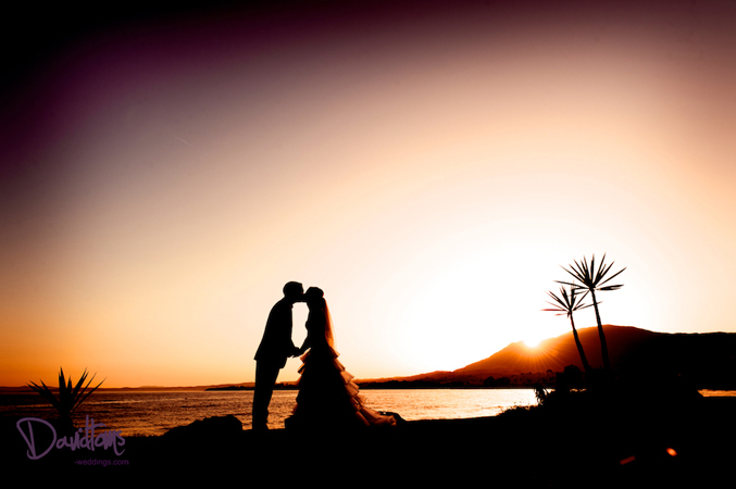 bride-&-groom-sunset-wedding-in-Mallorca