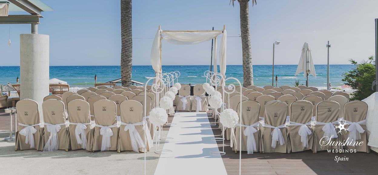 Beach club wedding Spain