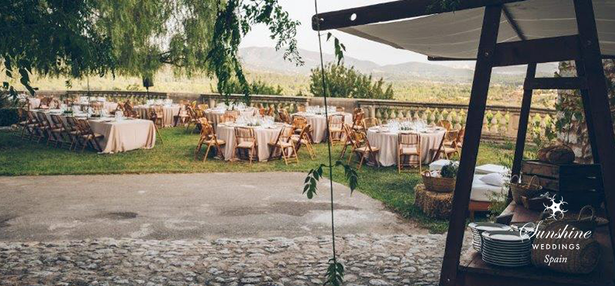 Farmhouse wedding Spain