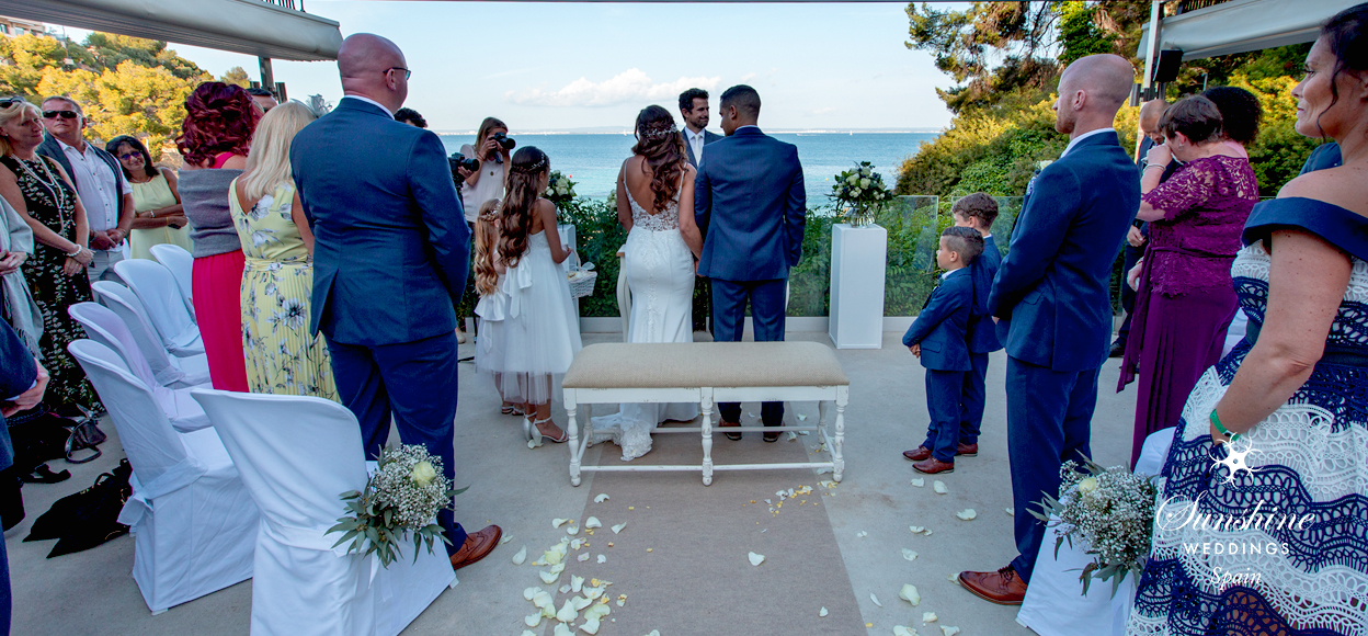Ceremony with sea view