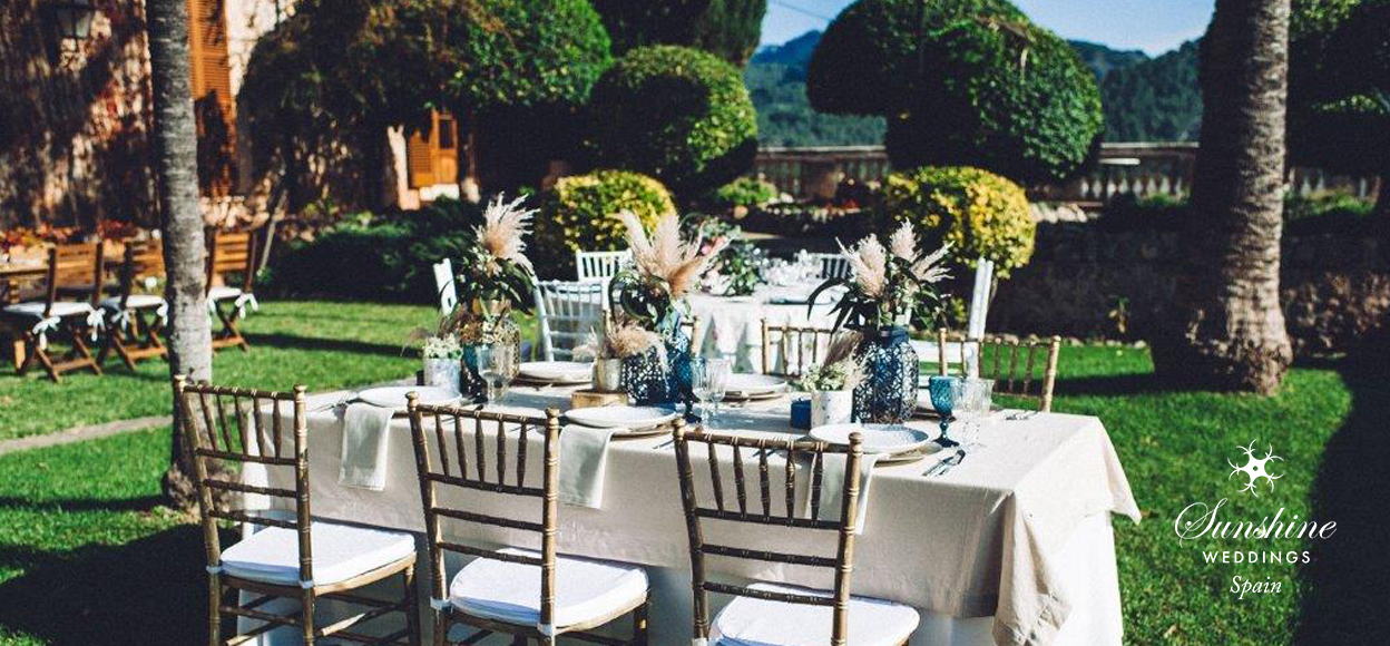 Traditional Spanish finca wedding