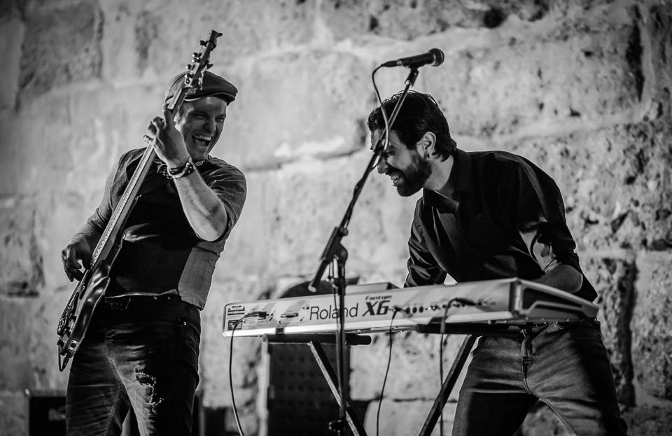 Q Band Musicians