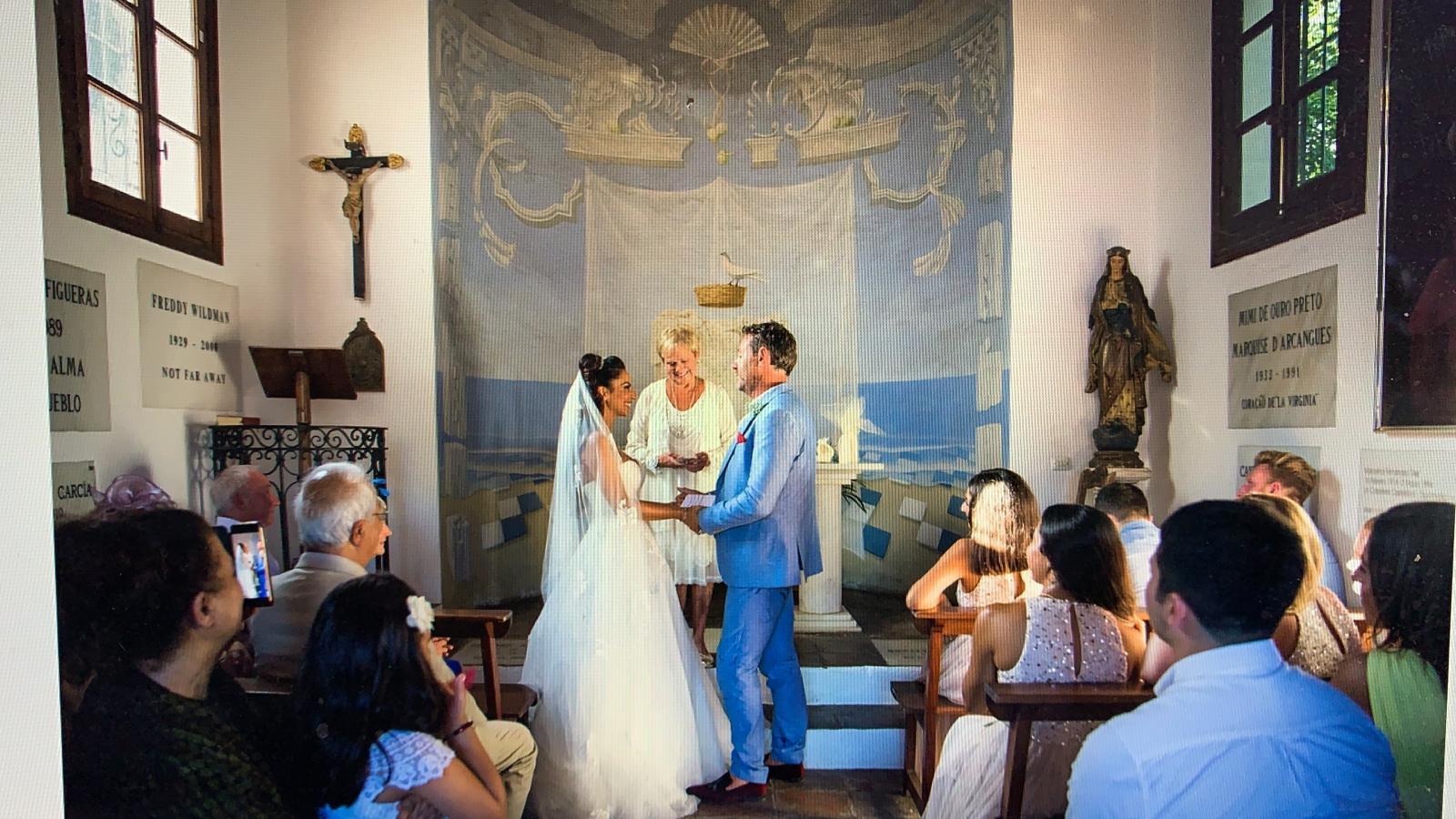 Wedding ceremony in a beautiful Marbella chapel
