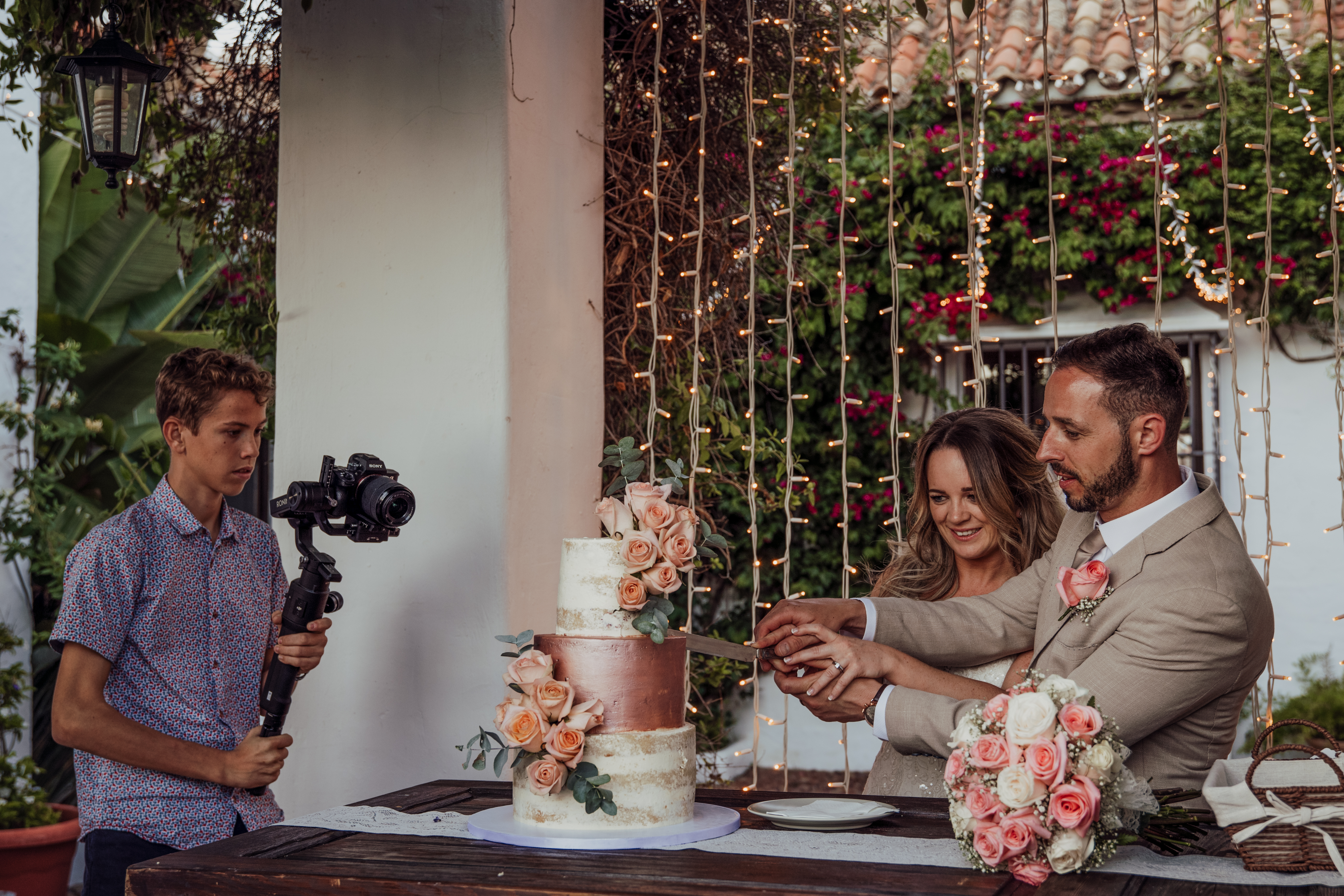Cut The Cake Capture
