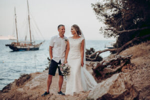 The bride and groom on the beach - Dominic Lula Photographer Mallorca