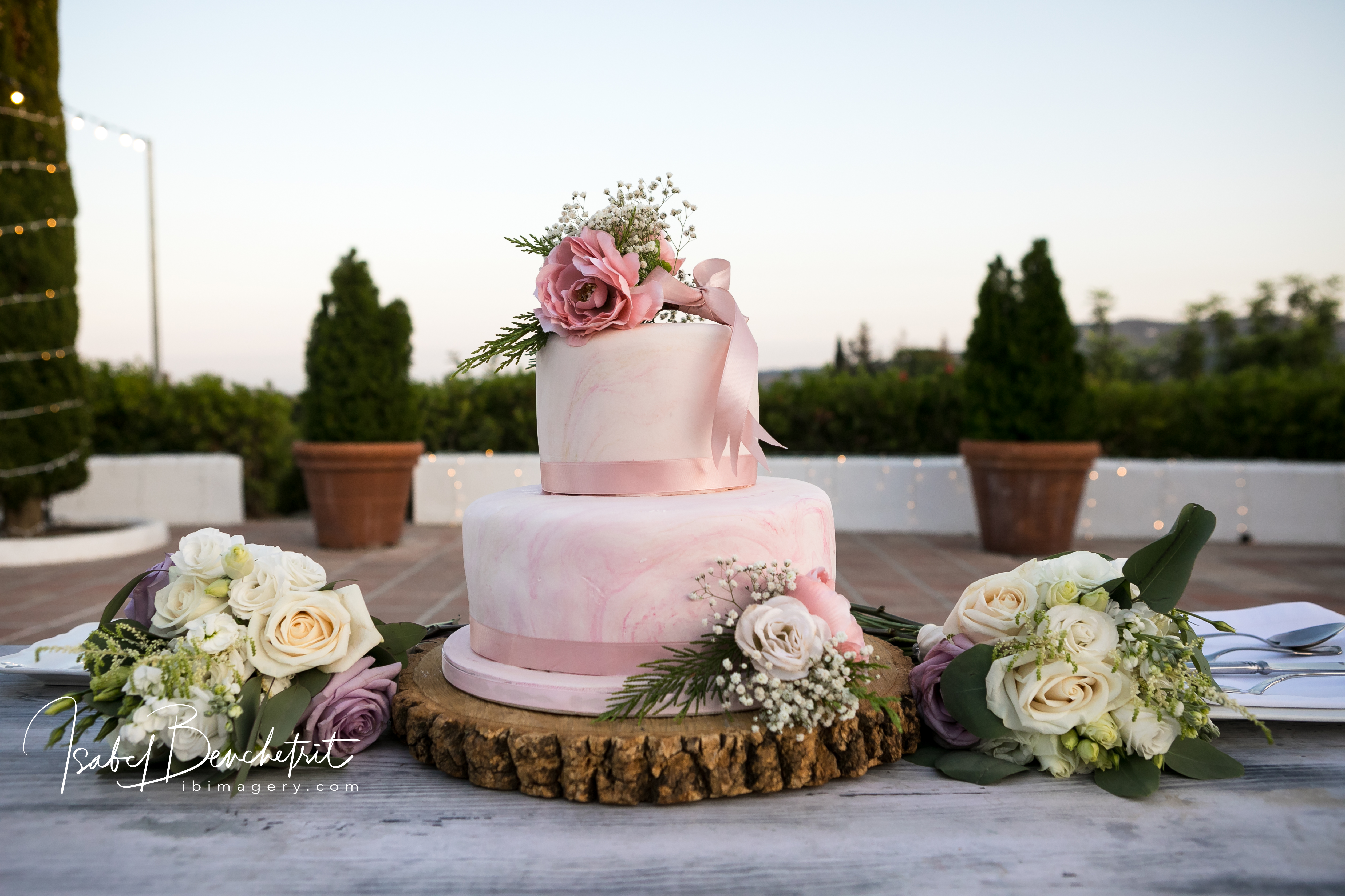 The beautiful two-tier wedding cake
