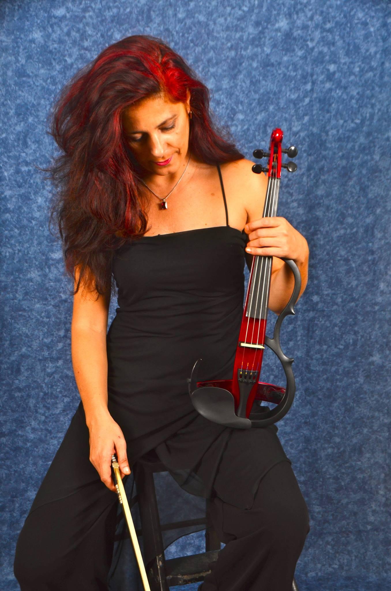 Soriana Ivaniv, wedding violinist in Mallorca
