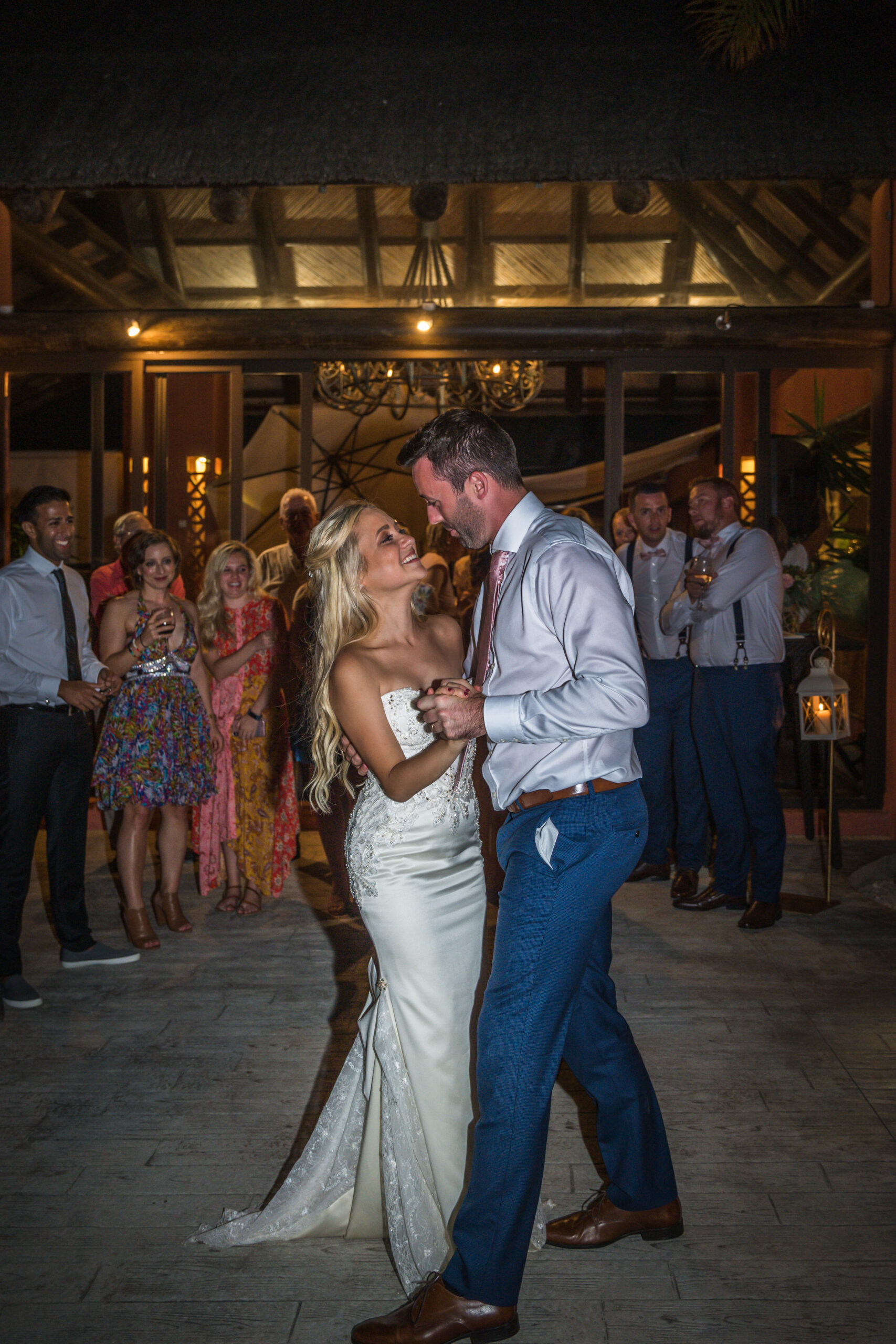 The bride and groom dance the night away - Rebecca Davidson Photography