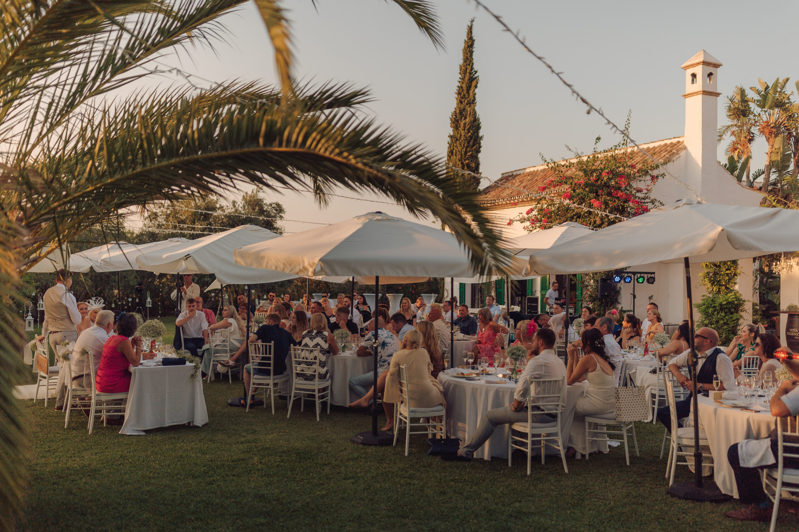The relaxed and informal wedding breakfast in the grounds of the Hacienda - Hove & Co Photography