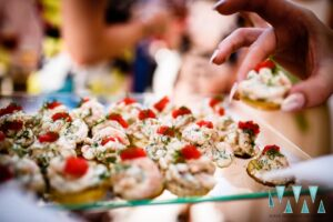 Delicious wedding canapes - Photography by Your Wedding Moments