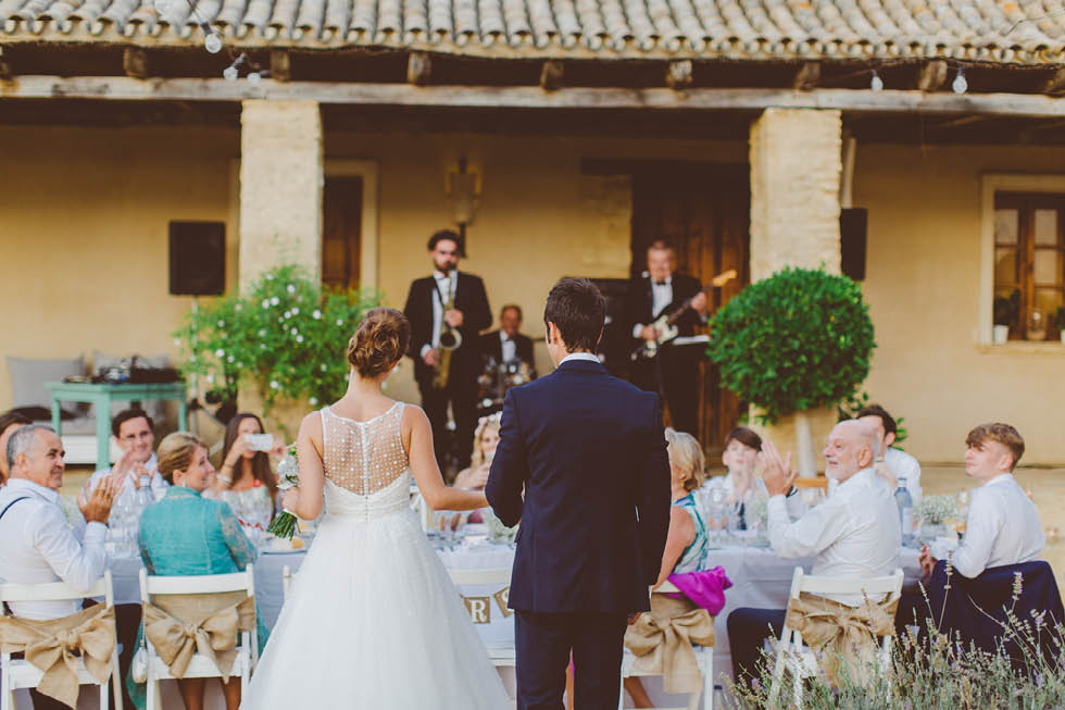 The Love Hunters - Bride, groom, guests and band