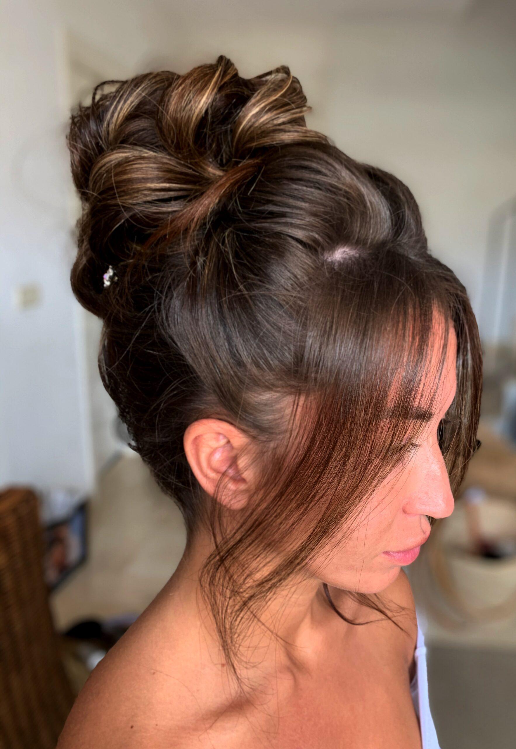 Flavia, hair stylist