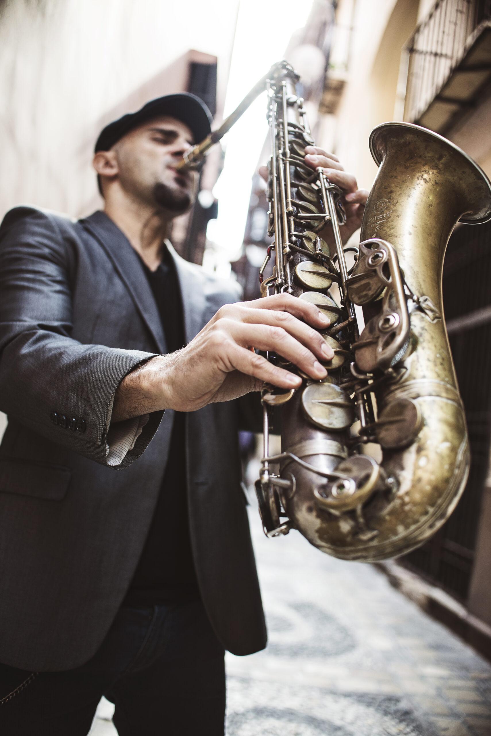 Roberto Cantero, saxophonist