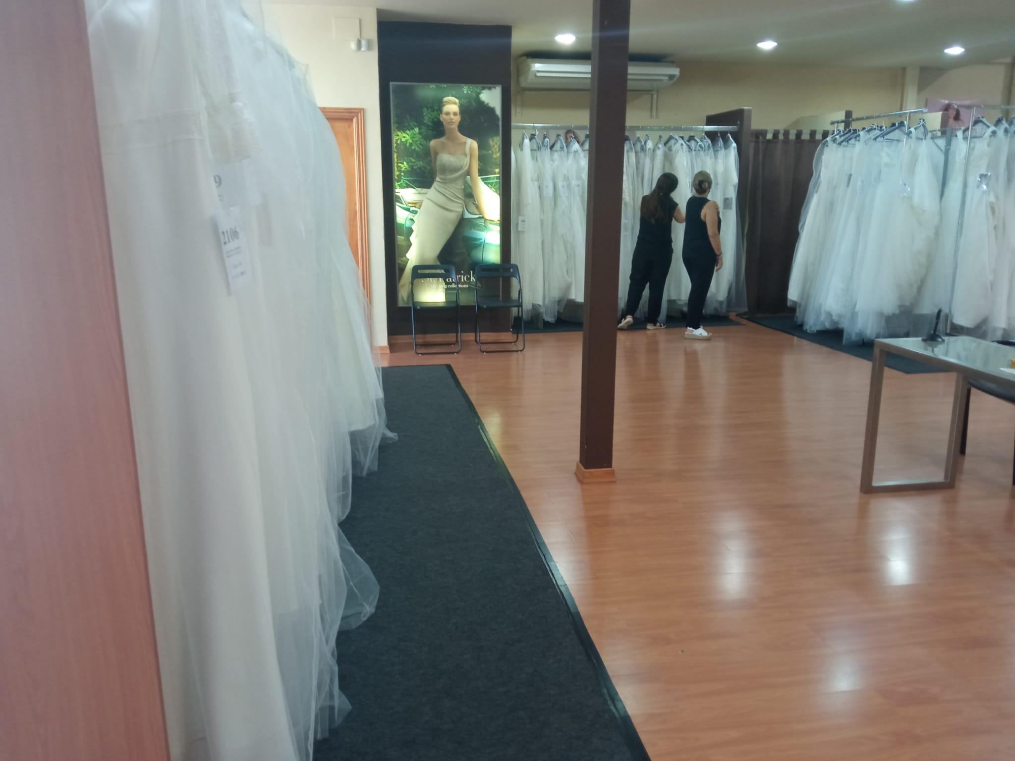 Divinity CentroNovia bridal gown shop